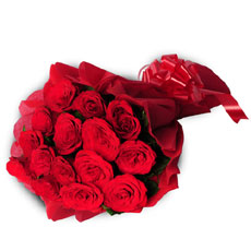 Valentine Fifteen Red Roses