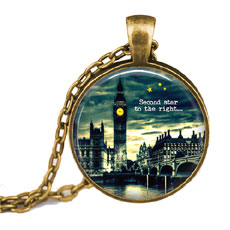 Big Ben Pendant And Chain